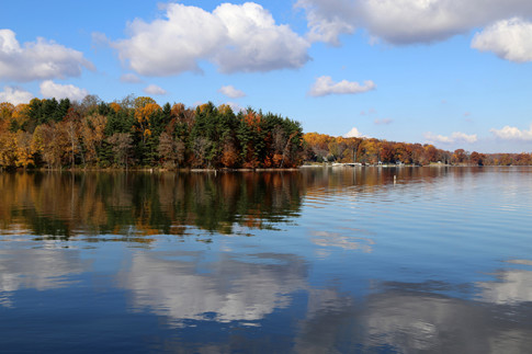 Lake Lemon in the fall Photo: Peter Hamlin